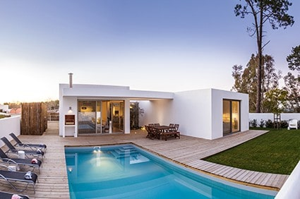 modern house with garden swimming pool and wooden PWH4FPG 1
