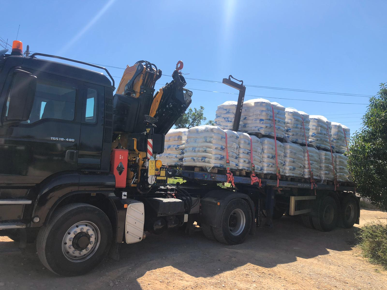 transporte material construccion ibiza
